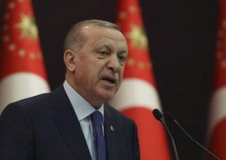 """Ερντογάν: """"Κανείς δεν έχει δικαίωμα να παρεμβαίνει στους χώρους προσευχής της χώρας μας"""""""