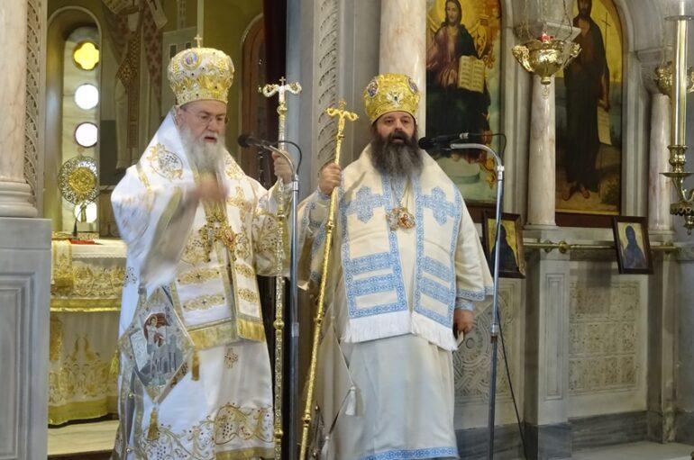 Δισαρχιερατική Θ. Λειτουργία στον Ι. Ναό Αγίου Βλασίου Ξυλοκάστρου Κορινθίας