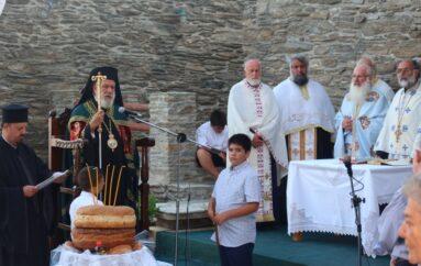 Εσπερινός της Αγίας Ειρήνης της Χρυσοβαλάντου στην Άνδρο