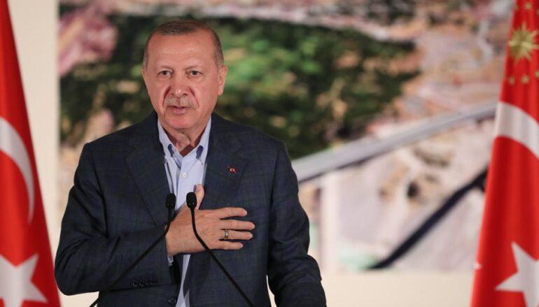 """Ερντογάν: """"Δεν υπολογίζουμε τις αντιδράσεις για την Αγιά Σοφιά"""""""