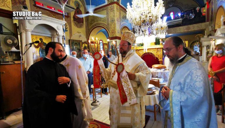 Ο Μητροπολίτης Ελβετίας στον Ιερό Ναό Παναγίας Θεομάνας Νέας Κίου