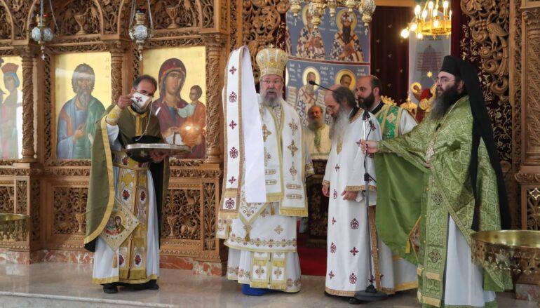 Χειροτονία εκπαιδευτικού σε διάκονο από τον Αρχιεπίσκοπο Κύπρου