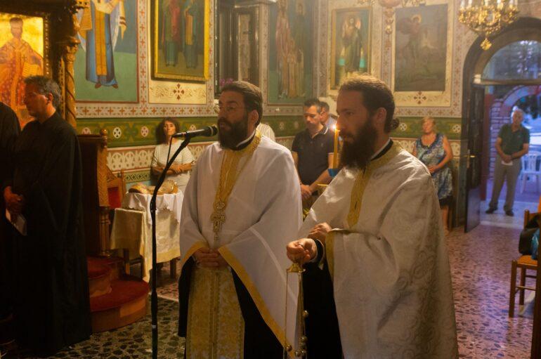 Αγρυπνώντας στο Ιερό Προσκύνημα της Σγράπας