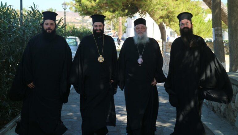 Ο Επίσκοπος Ευρίπου Χρυσόστομος στην Παναγία Εκατονταπυλιανή στην Πάρο