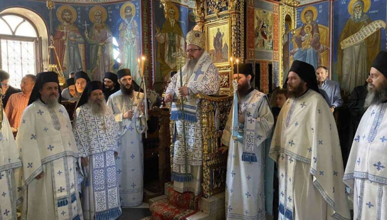 Ο Μητροπολίτης Λαρίσης στην Ιερά Μονή Σίμωνος Πέτρας του Αγίου Όρους