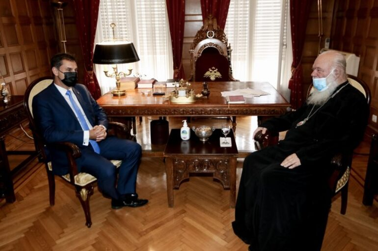 Ο Υπουργός Τουρισμού στον Αρχιεπίσκοπο Ιερώνυμο