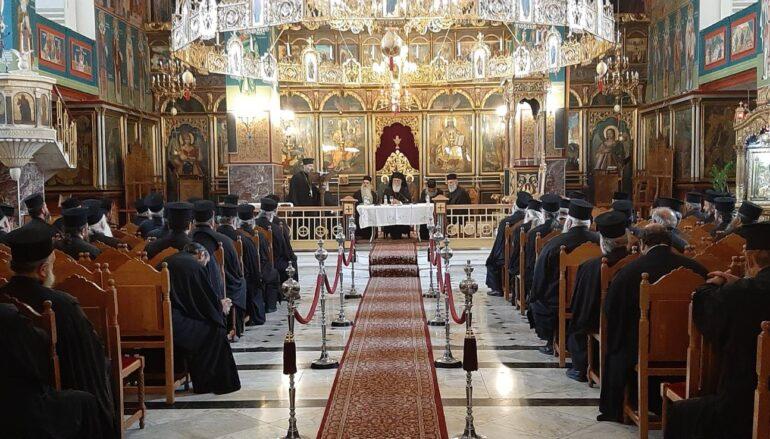 Ιερατική Σύναξη στον Μητροπολιτικό Ναό Παναγίας Φανερωμένης Αιγίου