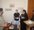 Προσφορά μετωπικών θερμομέτρων από την Ι. Μ. Σύρου σε σχολεία