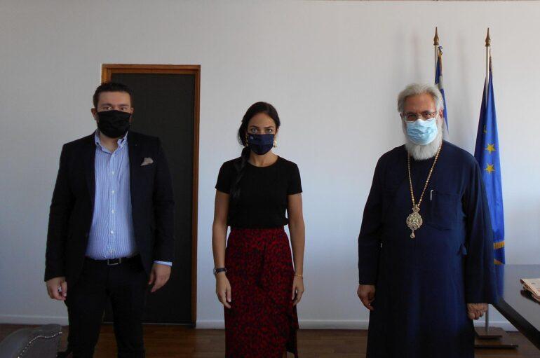 Συνάντηση του Μητροπολίτη Ιλίου με την Υφυπουργό Εργασίας