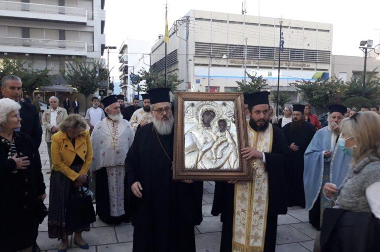 Η Εικόνα της Παναγίας Τρυπητής επέστρεψε στον Μητροπολιτικό Ναό Αιγίου
