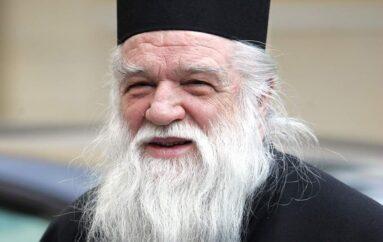 Ο Μητροπολίτης πρ. Καλαβρύτων Αμβρόσιος ξεπέρασε τον κορωνοϊό