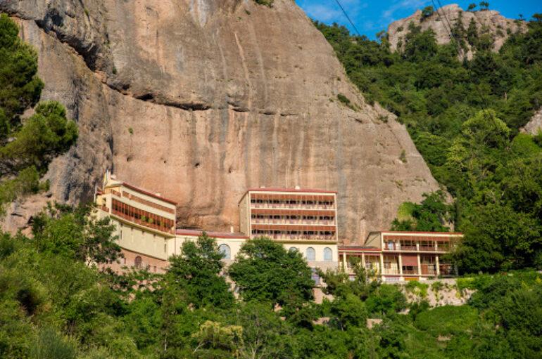 Ένταξη σε χρηματοδοτικό πρόγραμμα αποκατάστασης  τοιχογραφιών της Μονής Μεγάλου Σπηλαίου