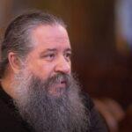O π. Γεώργιος Σχοινάς για τις ερωτικές σχέσεις και την οικογένεια