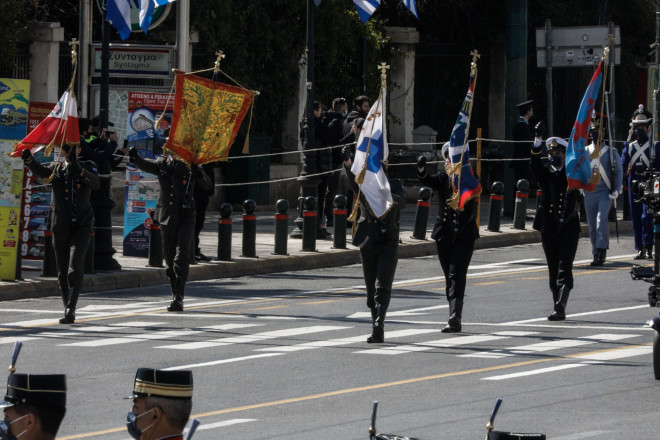 Διαμαρτυρία για υποβάθμιση του Λαβάρου της Αγ. Λαύρας στην παρέλαση της 25ης Μαρτίου