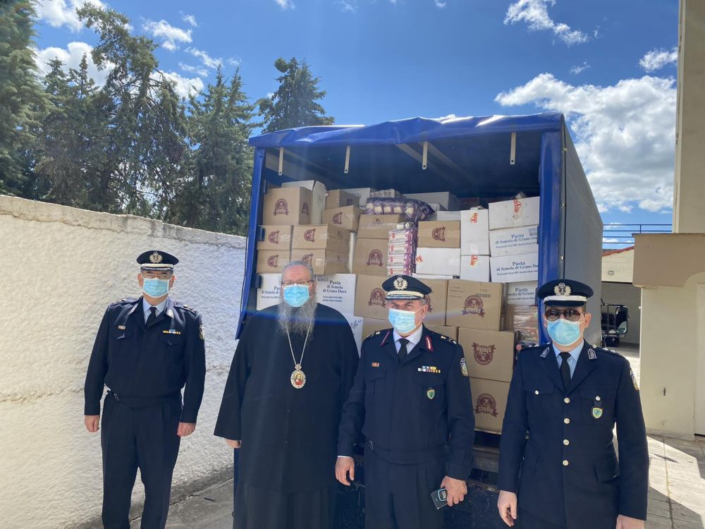Ανθρωπιστική βοήθεια της Αστυνομικής Διεύθυνσης Θεσσαλίας στην Ι. Μ. Λαρίσης