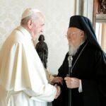 Ευχές Πάπα Φραγκίσκου σε Οικ. Πατριάρχη για τα 30 έτη του στον Πατριαρχικό Θρόνο